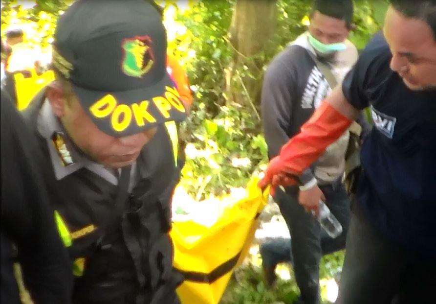 2 Mayat Dievakuasi dari Hutan Panceng