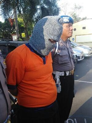 Penggelap 8 Mobil Rental Dicokok Polisi