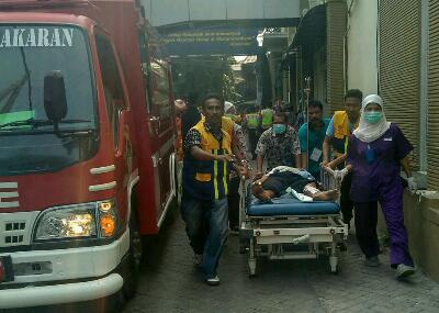 "RS Muhammadiyah ""Terbakar"" Pasien Dievakuasi"